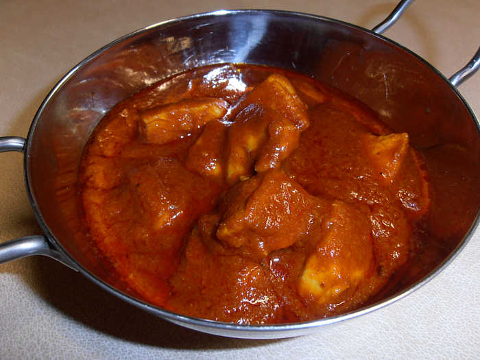 Easy chicken phall recipe